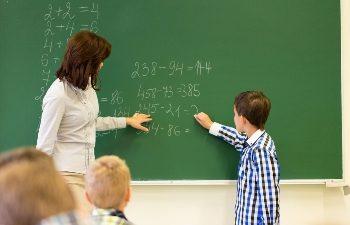 Ufaglærte_lærere_og_treårsregelen