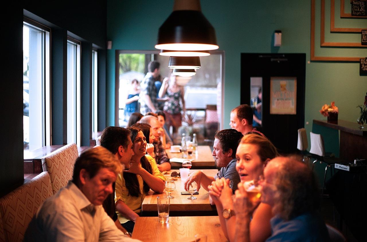 Er vi vitne til en revolusjon i restaurantbransjen? Ja, mener artikkelforfatteren.