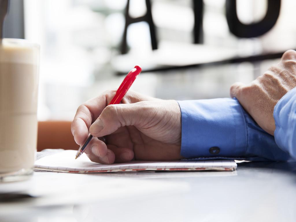 Hva er konsekvensene av forventet kontraktsbrudd
