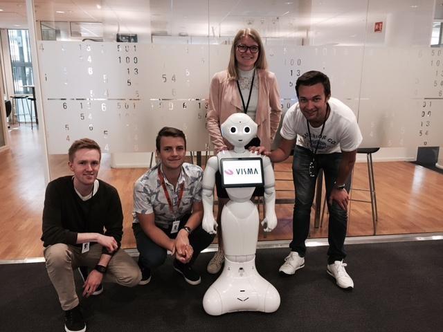 Roboten Pepper sommerprosjekt