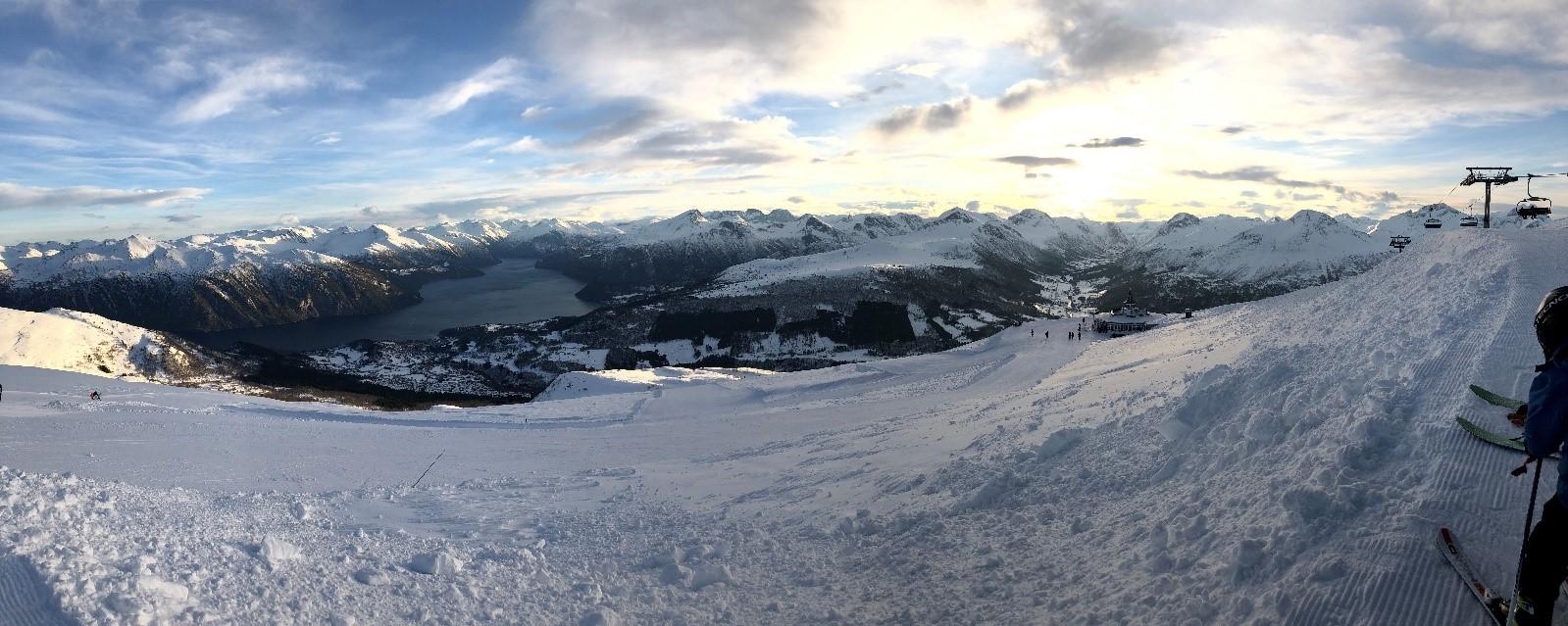 Utsikt over Stranda skianlegg