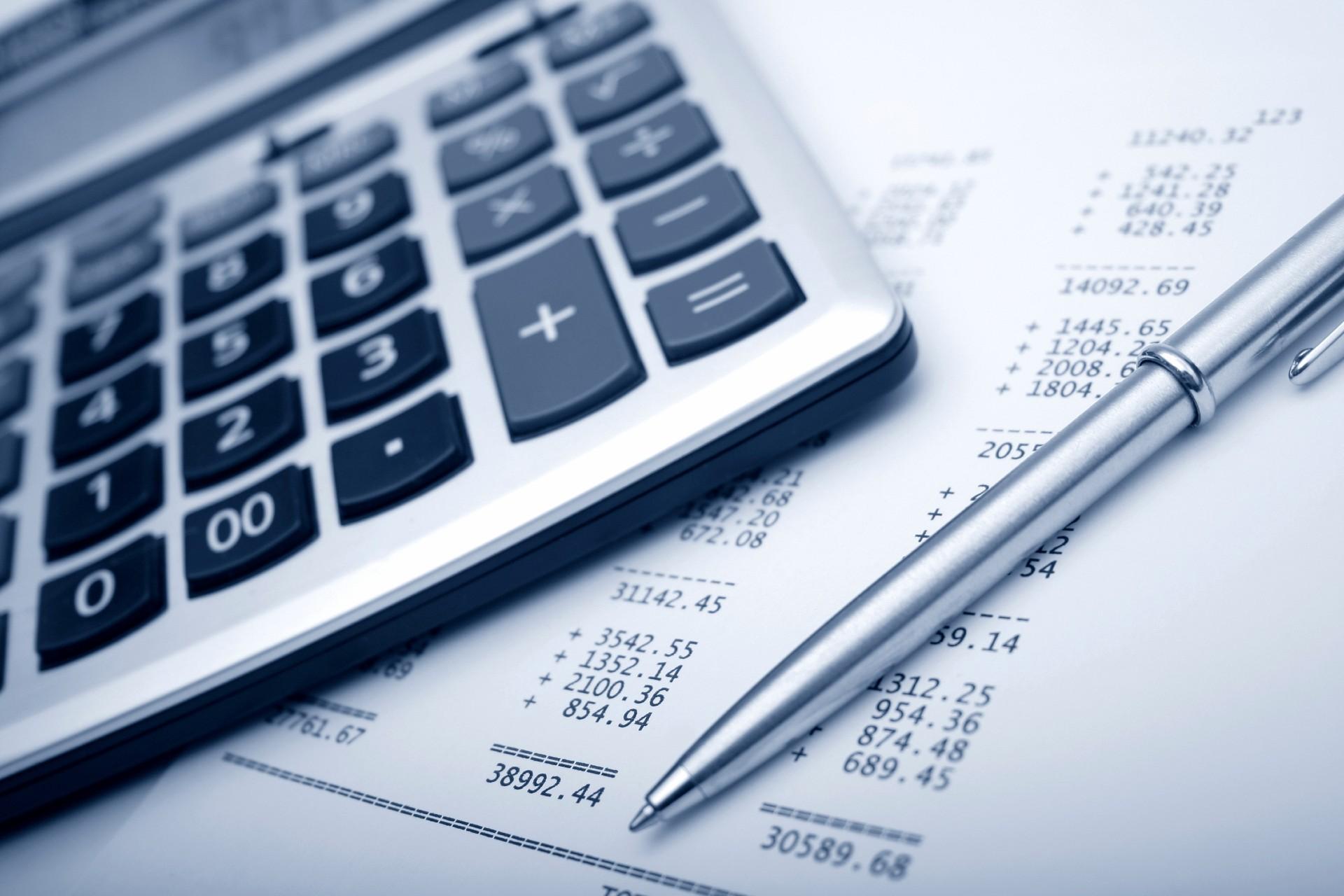 Regnskapstall og kalkulator